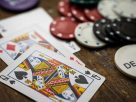 What are the benefits of money management in online gambling?